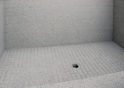 Stone Fleck on tiles and shower tray